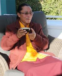Besuch von Tulku Sangngag Tenzin Rinpoche in Kiel